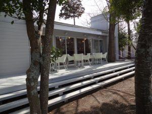 菅原ガラス内のカフェの外観(20130302)