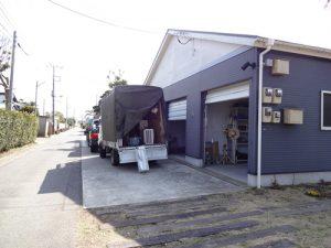 エアコン取り付け業者の車(2013/3/2撮影)